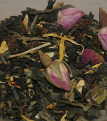 Зеленый чай с розами