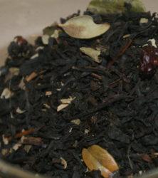 Брусничный чай, чай с брусникой.